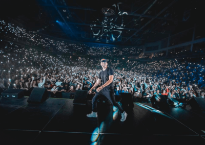 Logic Concert with audience behind